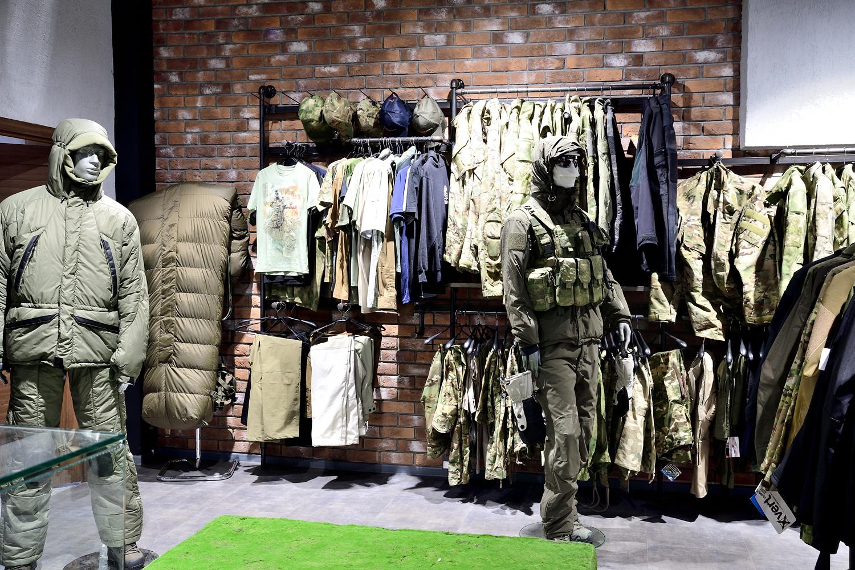 Тактические куртки, брюки и другая униформа для спецподразделений