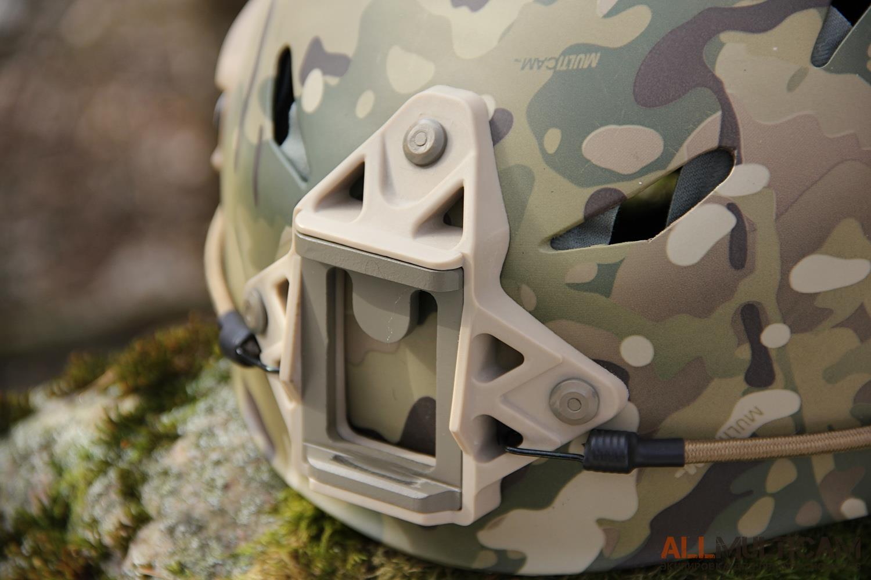 Шлем Ястреб