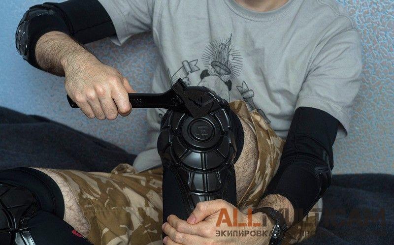 Подробный фотообзор Налокотников Elbow G-Form и Наколенников Knee Pads G-Form и другого военного/тактического снаряжения и экипировки. Интернет-магазин с быстрой доставкой по Москве и всей России. Оплата любыми способами.